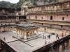 Blick auf den Palastplatz und dem Baradhari Pavillon