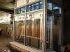 mittlerweile sind im Aufzug die Scheiben eingesetzt worden