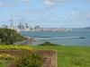 Blick vom M. Joseph Savage Memorial auf die Skyline von Auckland