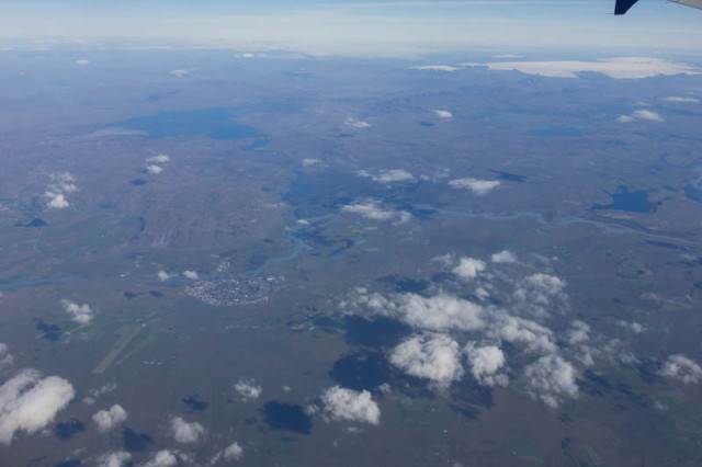Blick auf den Þingvallavatn (See), den Langjökull (Gletscher) und Selfoss