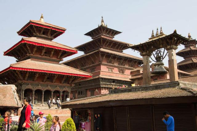 Hari Shankar- und Taleju-Temple, rechts die Taleju-Glocke