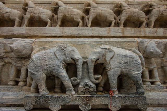 Elefantenrelief