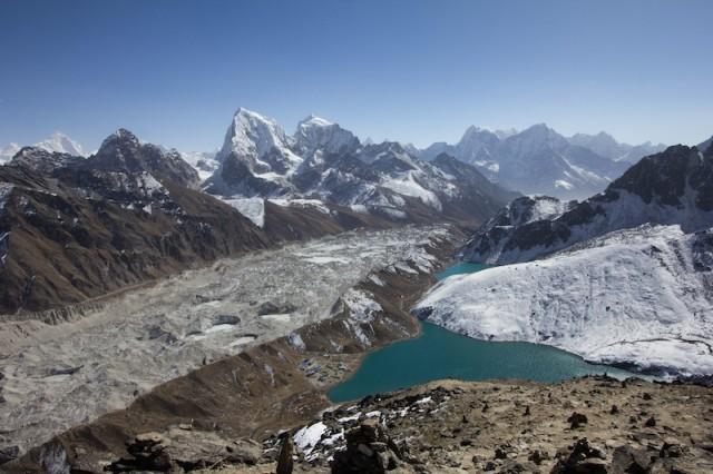 Gokyo zwischen Gletscher und See