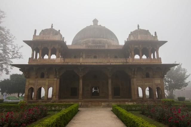 Tomb of Mukhda Shah Daulat and Ibrahim Khan