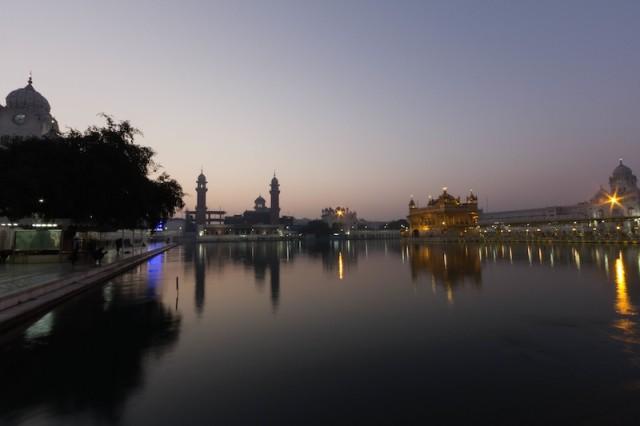 Harmandir Sahib am Morgen