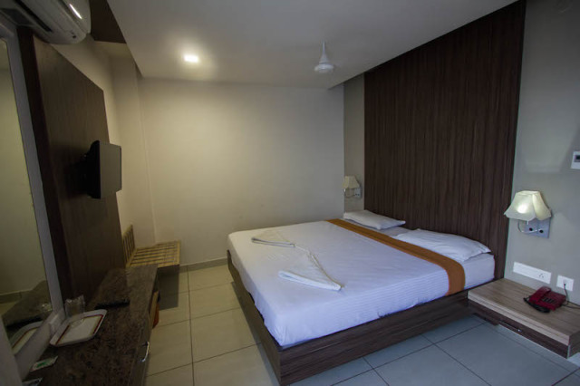 Hotel Alam Residency