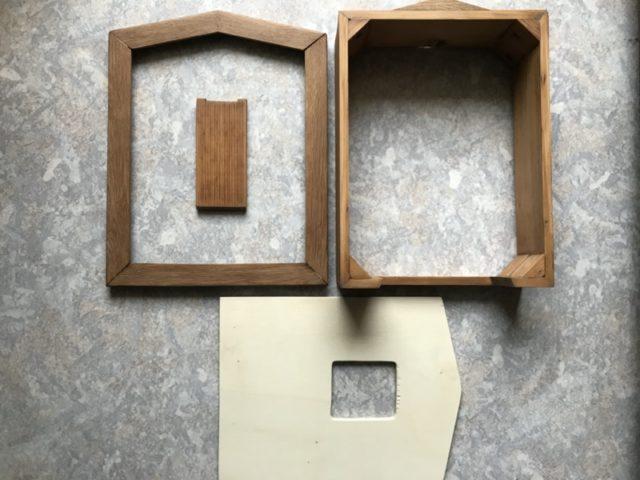 mit Innenraumlasur gestrichene Holzteile