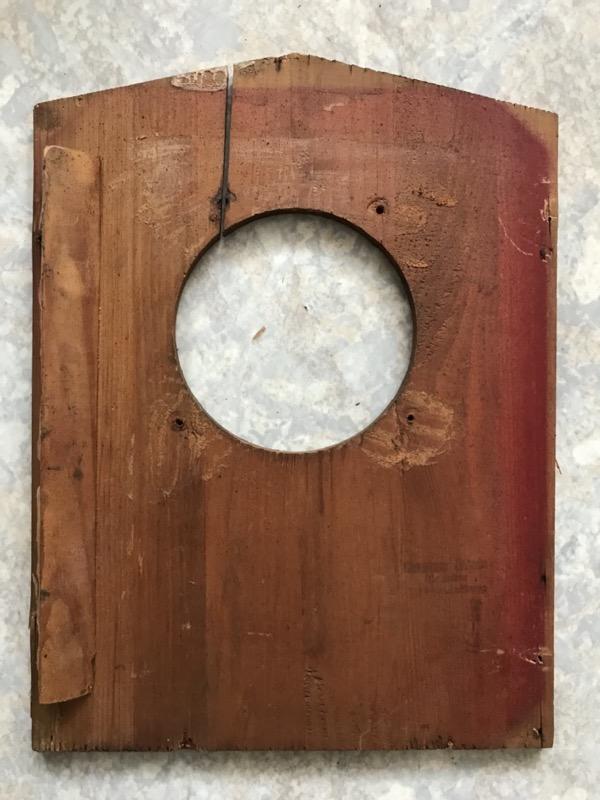 Riss in der Holzplatte