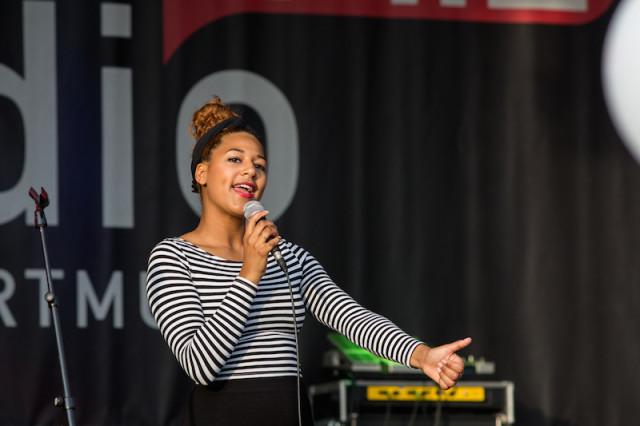 Sängerin Leonie von Klangpoet