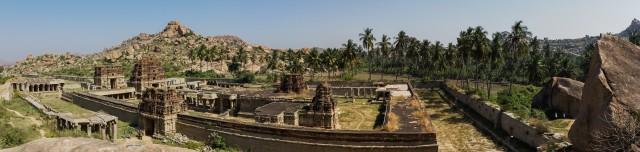 Blick auf den Achyuta Raya Temple (1,3 MB)