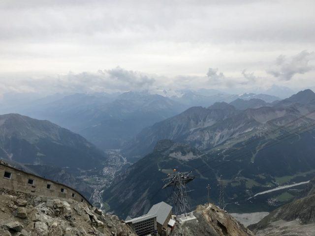 Blick vom Pointe Helbronner in Richtung Italien